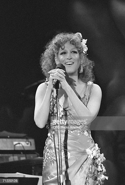American singer Bette Midler performs on the CBS special '10 Years of Rolling Stone' September 13 1977