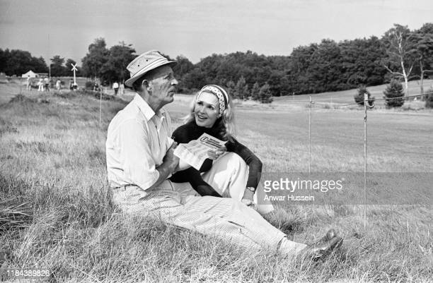 American singer Bing Crosby and his wife Kathryn attend the ProAm golf tournament on August 06 1975 in Sunningdale England