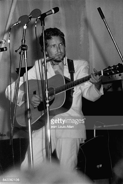 American singer Bob Dylan performs at the International Pop and Rock Festival of the Isle of Wight