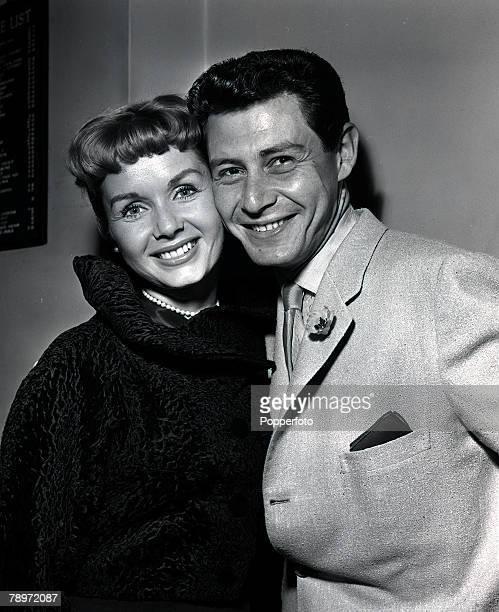 American singer Eddie Fisher with his actress wife Debbie Reynolds in London 1957