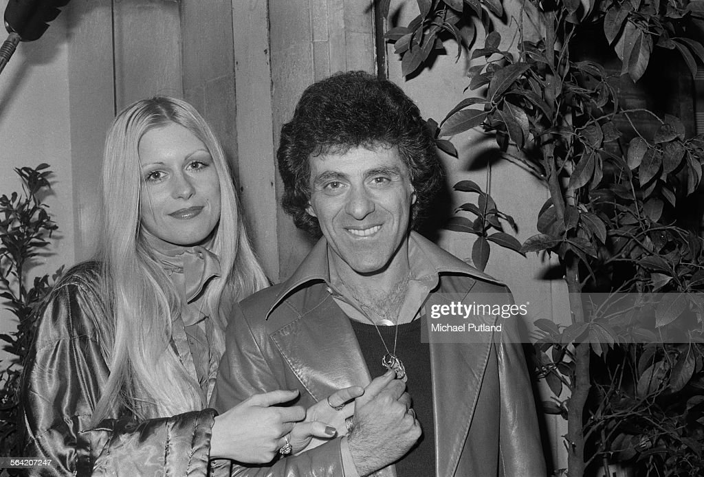 American singer Frankie Valli with his second wife, MaryAnn Hannigan, London, April 1976.