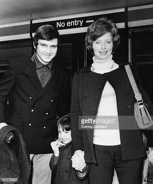 American singer Gene Pitney with his wife Lynne and their son at London Airport, March 1972.