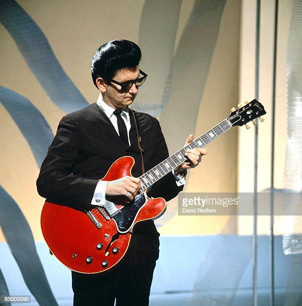 STARS Photo of Roy ORBISON performing on TV show playing Gibson ES335 guitar