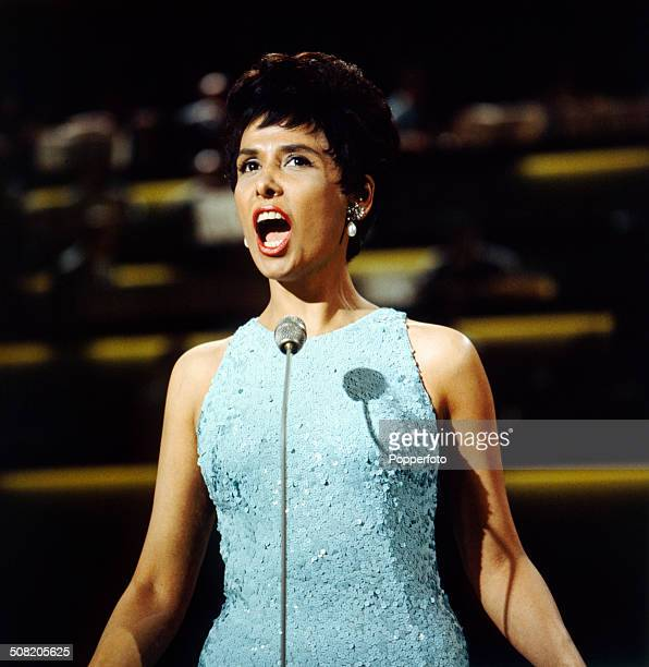 American singer Lena Horne performs on a television show in 1965