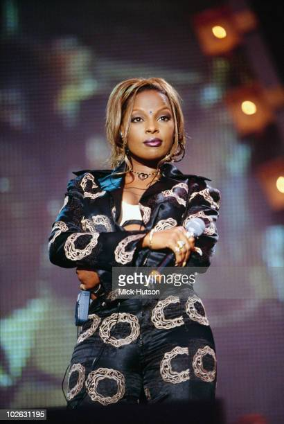 American singer Mary J Blige performs on stage at the Sounds Vision concert held in 1997