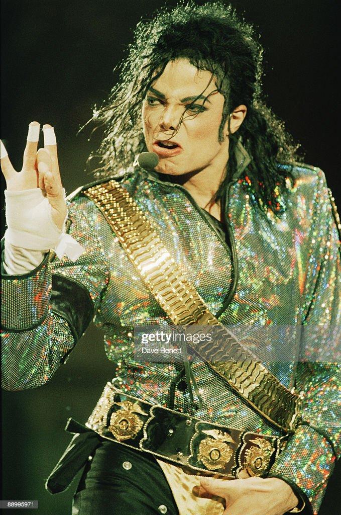 American singer Michael Jackson (1958 - 2009) performing at Wembley Stadium, London, on his 'Dangerous' World Tour, 30th July 1992.