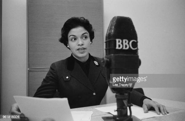 American singer Muriel Smith reads poetry on a BBC broadcast January 1957 She is in London to star as Carmen in the Bizet opera at the Royal Opera...