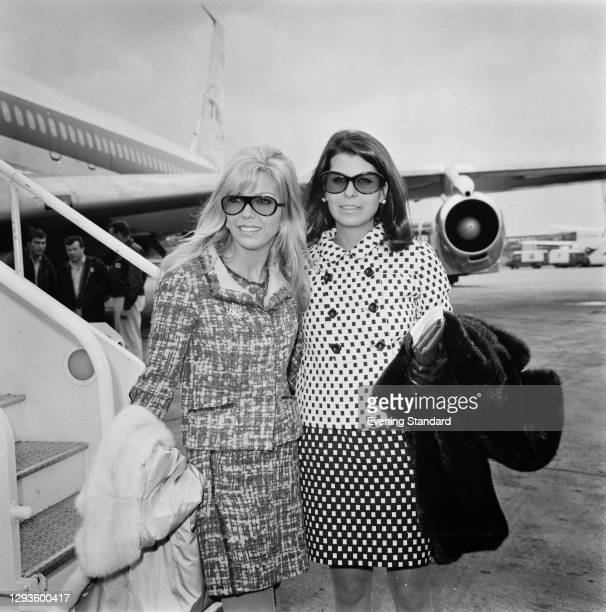 American singer Nancy Sinatra and her sister, businesswoman Tina Sinatra, the daughters of singer Frank Sinatra, UK, 2nd May 1967.