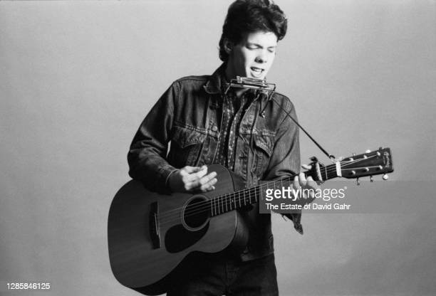 American singer songwriter and musician Steve Forbert poses for a portrait on April 27, 1978 in New York City, New York. Steve Forbert, from...