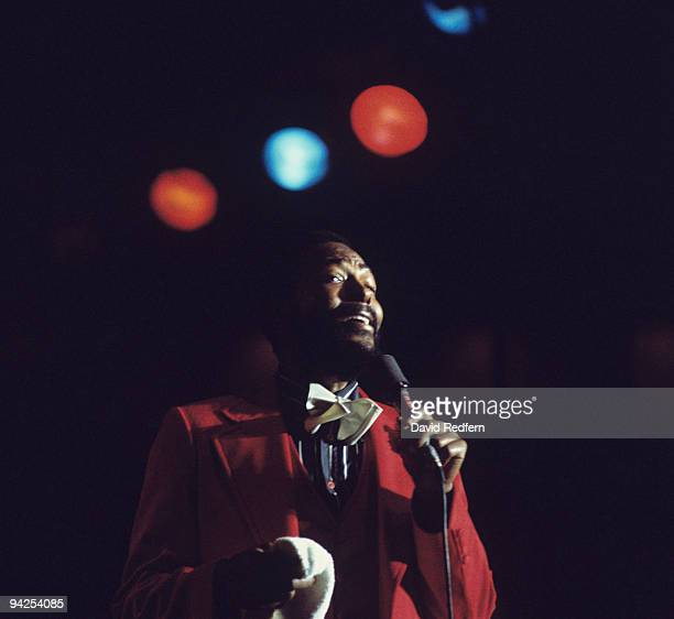 Singer Marvin Gaye performs on stage at the Kool Jazz Festival in 1976