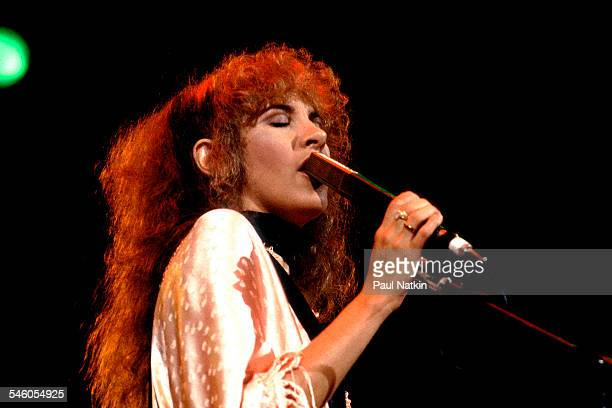American singer Stevie Nicks of the group Fleetwood Mac performs onstage at the Rosemont Horizon Rosemont Illinois May 14 1980