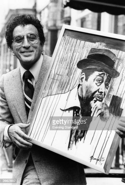 American singer Tony Bennett at the MilneHenderson Gallery with a painting of Duke Ellington Original Publication People Disc HA0326