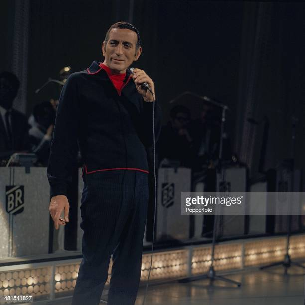 1968 American singer Tony Bennett performs on a television show in 1968