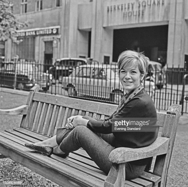 American singer Vikki Carr in Berkeley Square, London, UK, 22nd July 1965.