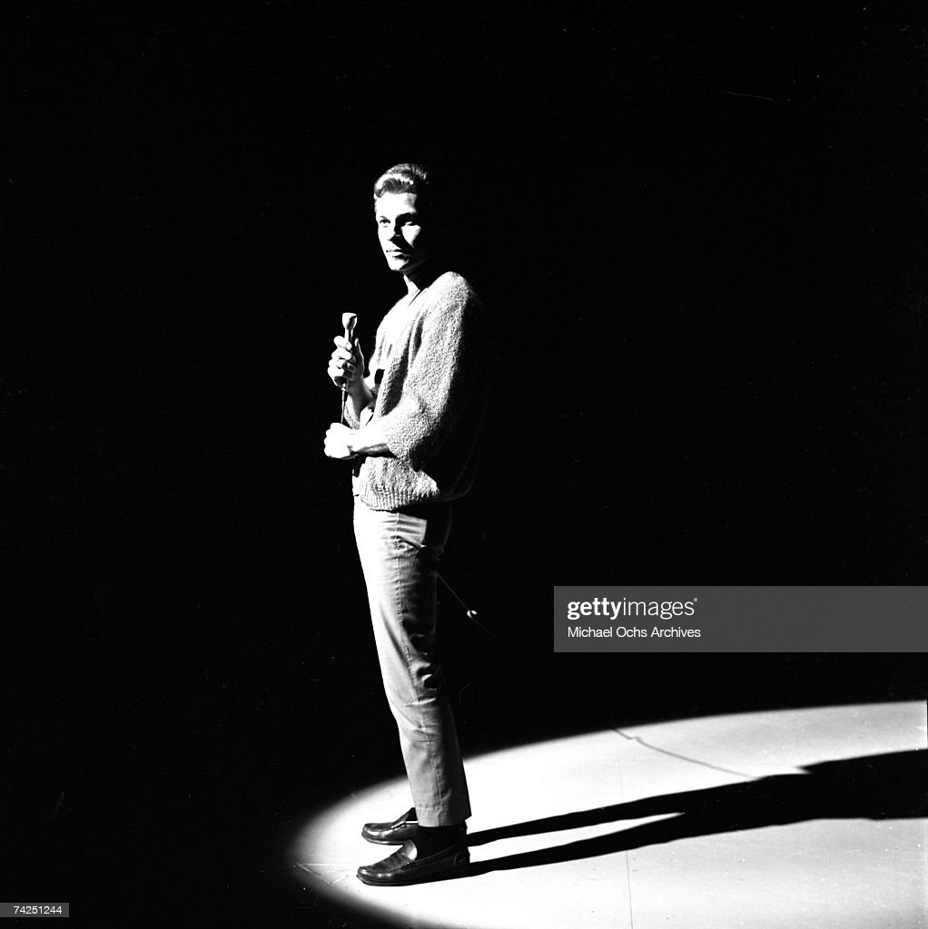 American singer Willy Nelson (cousin and manager of Rick Nelson) performs on stage on the TV show Shindig! circa 1965 in Los Angeles, California. Please note this is not the country singer Willie Nelson.