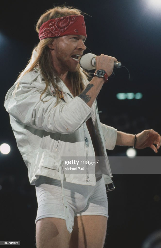 american singer songwriter axl rose of rock group guns n 39 roses news photo getty images. Black Bedroom Furniture Sets. Home Design Ideas