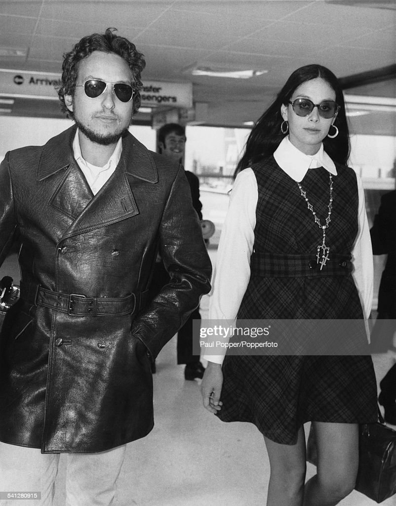 Dylan And Lownds : News Photo