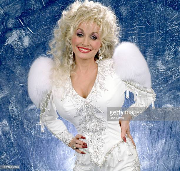 American singersongwriter Dolly Parton poses for a studio portrait circa 1992 in Lake Tahoe California