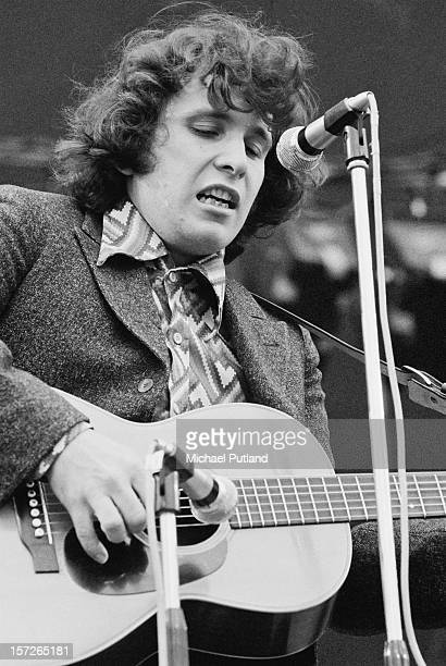 American singer-songwriter Don McLean performing at the Great Western Express Lincoln Festival, Bardney, Lincolnshire, 29th May 1972.