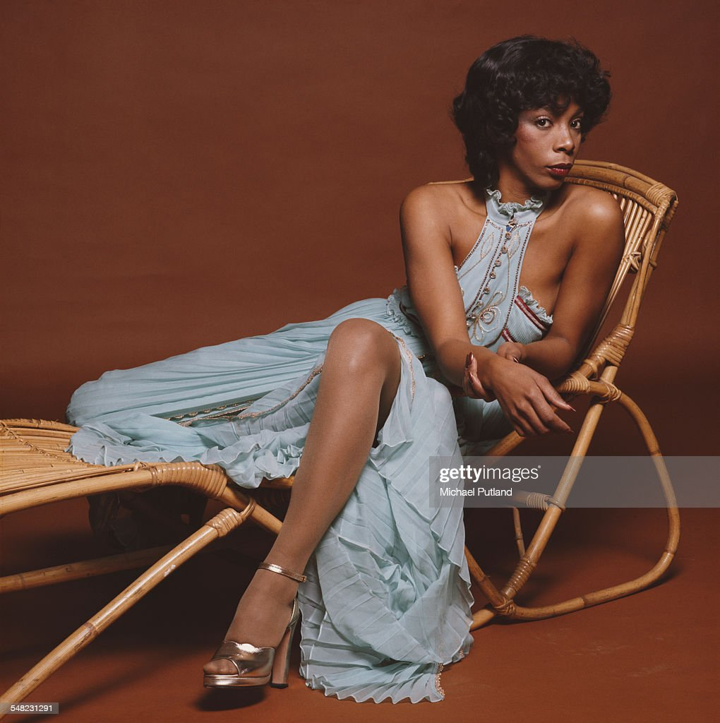 American singer-songwriter Donna Summer (1948 - 2012), London, 29th April 1976. (Photo by Michael Putland/Getty Images