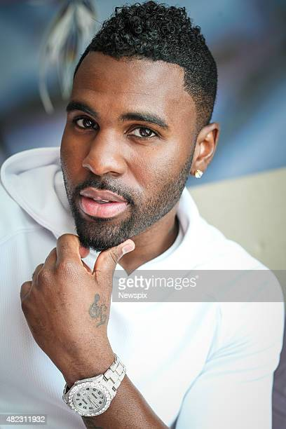 American singersongwriter Jason Derulo poses during a photo shoot at The Darling Hotel in Sydney New South Wales
