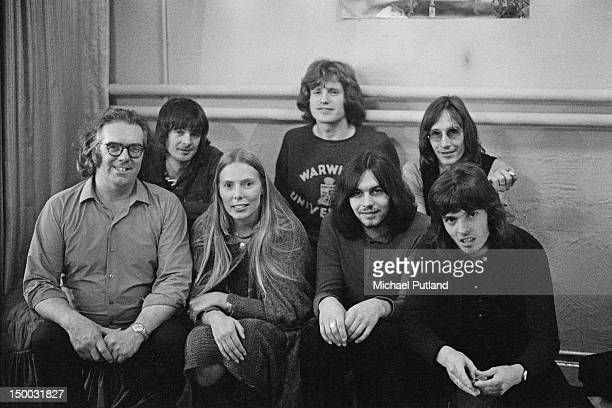 American singersongwriter Joni Mitchell poses with British folk rock group Matthews Southern Comfort at the London Palladium 25th October 1970 The...