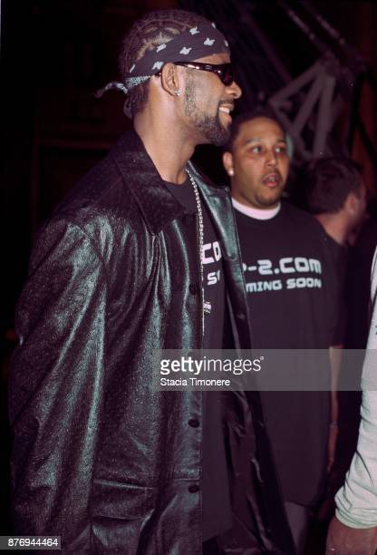 American singersongwriter R Kelly on the set of his video shoot for the single 'Bad Man' on Wabash Avenue in Chicago Illinois United States on May 24...