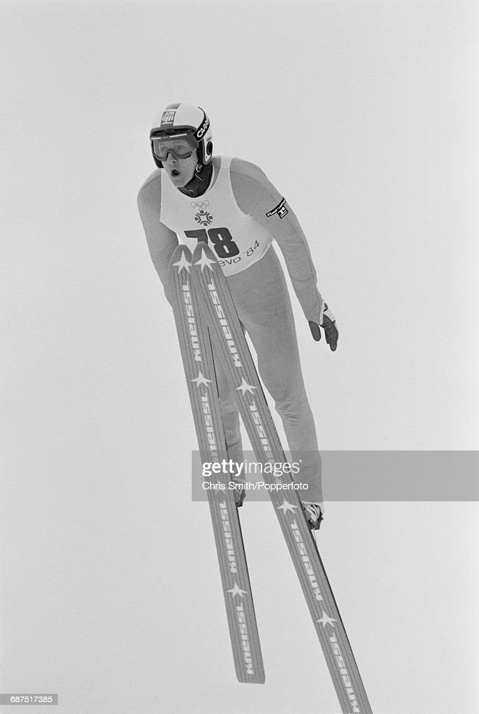 Ski Jumping At XIV Winter Olympics : Nachrichtenfoto