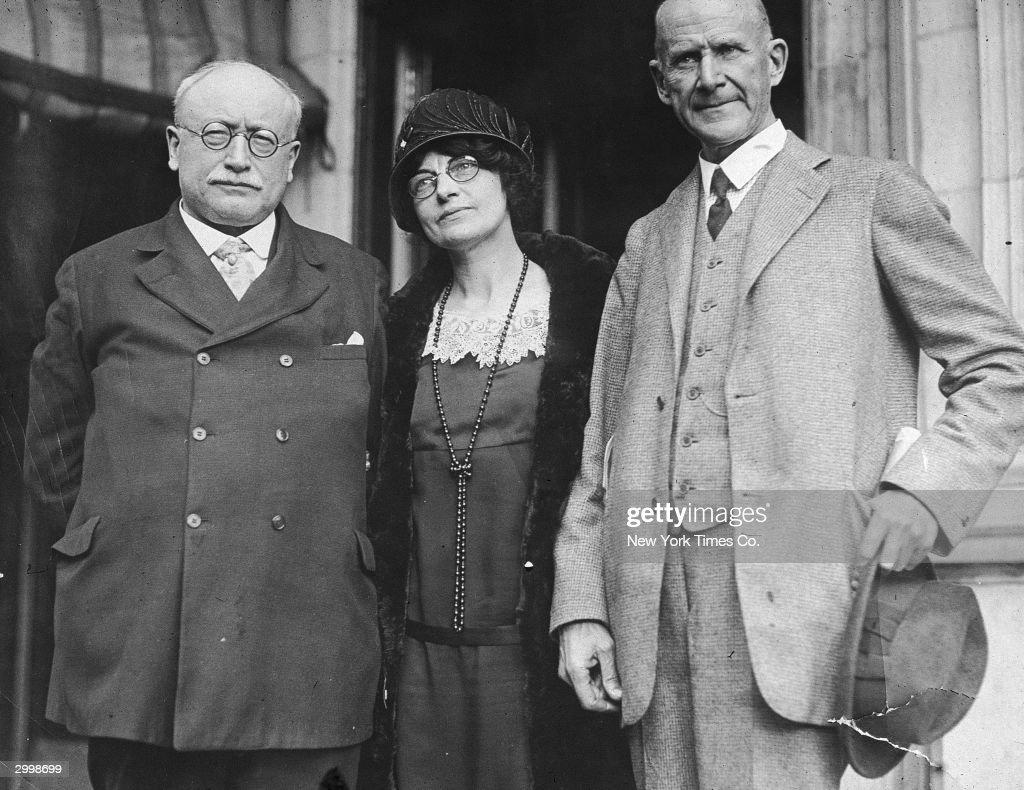 Eugene Debs, Victor Berger, Berth White : News Photo