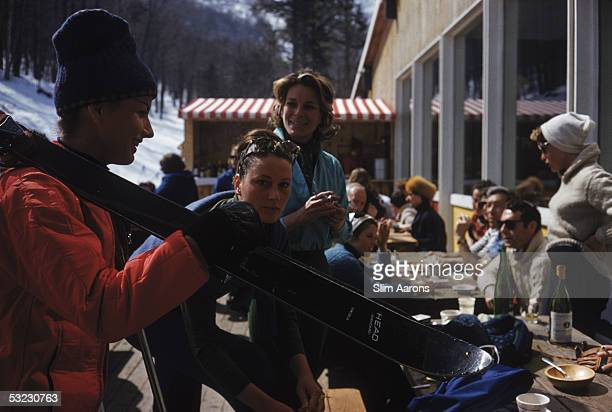 American socialite and fashion writer Nan Kempner at the Sugarbush Mountain ski resort in Vermont April 1960