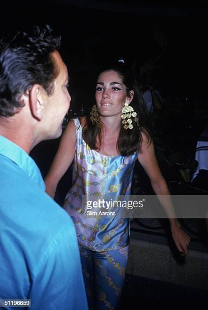 American society girl Minnie Cushing in Acapulco February 1966