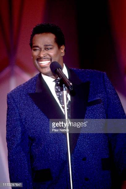 American Soul and RB singer Luther Vandross performs on an episode of the Oprah Winfrey Show Chicago Illinois May 12 1989