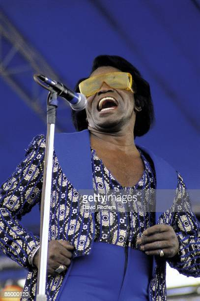 FESTIVAL Photo of James BROWN performing live onstage