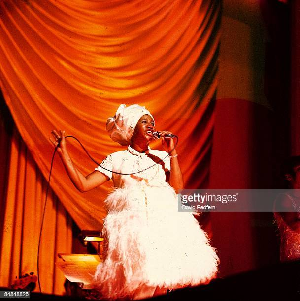 ODEON Photo of Aretha FRANKLIN performing live onstage