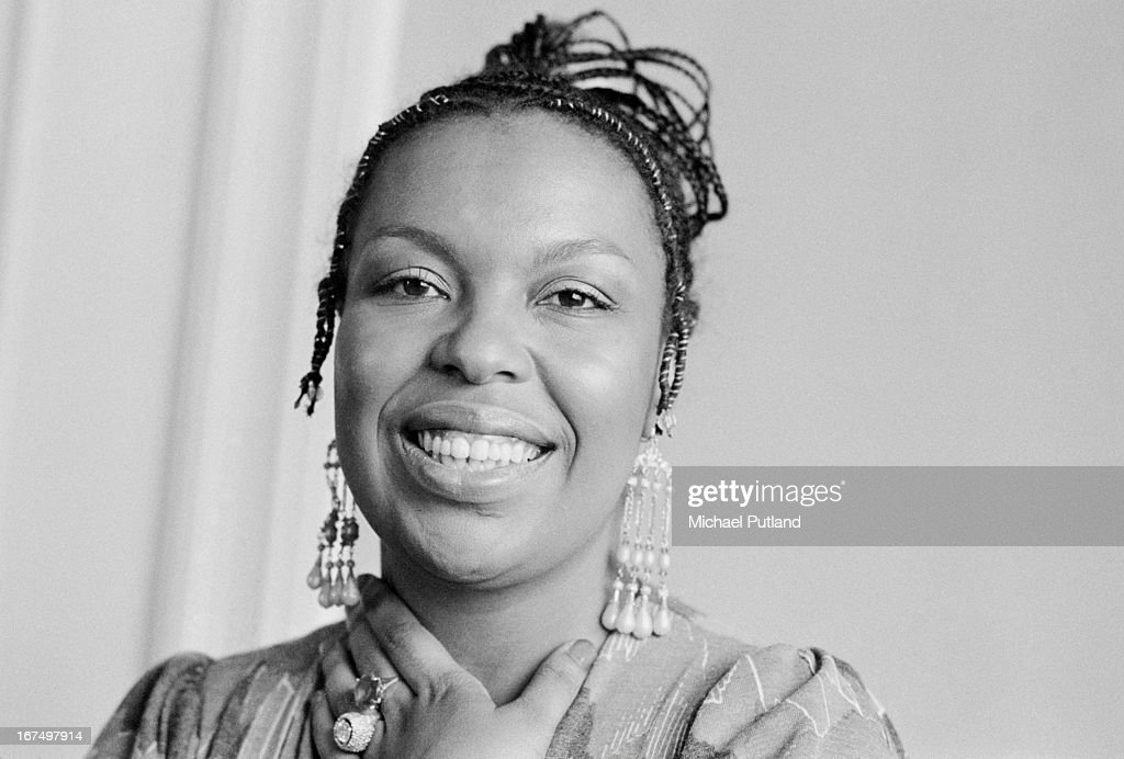 American soul singer, songwriter and musician Roberta Flack, London, 16th January 1973.