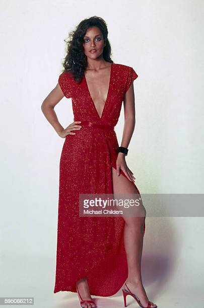 American sportscaster and actress Jayne Kennedy