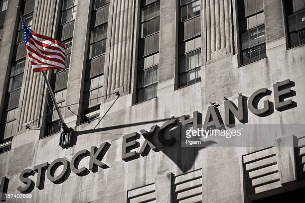 american stock exchange - börse new york stock-fotos und bilder