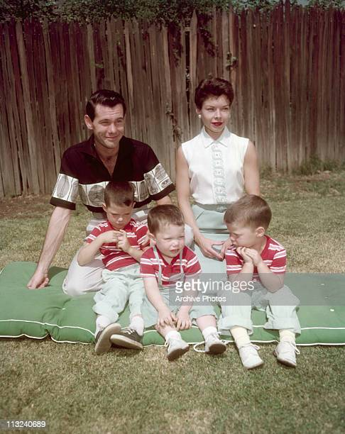 American television host and comedian Johnny Carson with his first wife Jody Wolcott and their sons Christopher Cory and Richard at their home in...