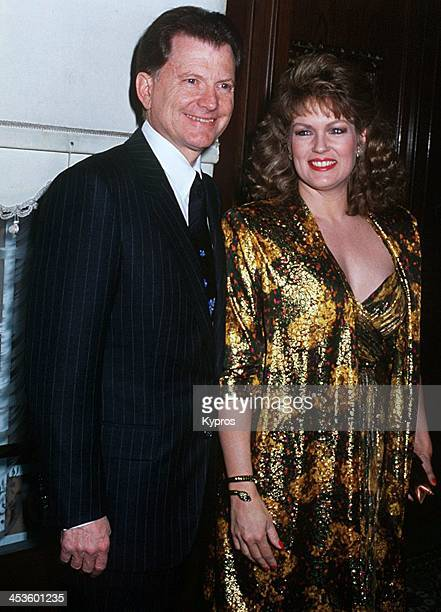 Mary Hart Stock Photos And Pictures Getty Images