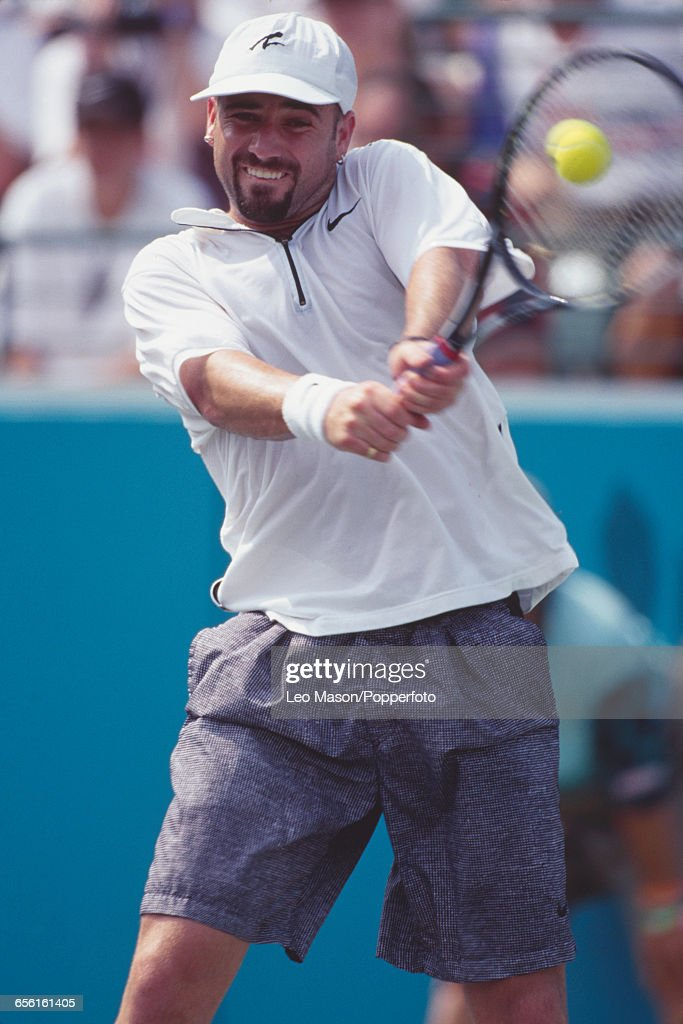 Andre Agassi Wins Gold At XXVI Summer Olympics : Nachrichtenfoto