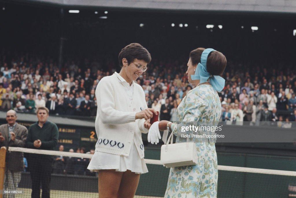Billie Jean King At 1970 Wimbledon Championships Final : News Photo