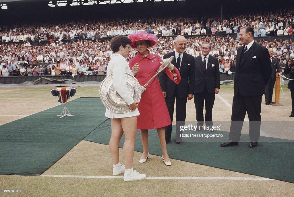 Billie Jean King Wins Wimbledon : News Photo