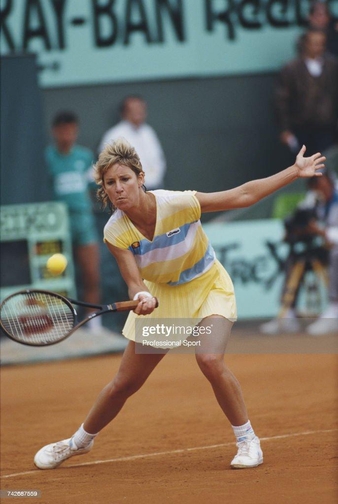 Chris Evert At 1987 French Open : Nachrichtenfoto