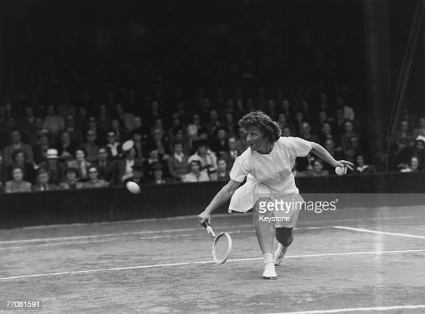 American tennis player Dorothy Bundy in play against Pauline Betz of the USA in the ladies' semifinal at Wimbledon 4th July 1946 Betz won the match...