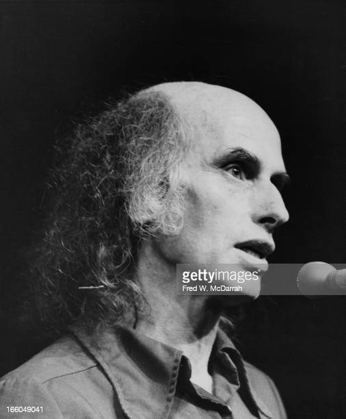 American theater director and cofounder of The Living Theatre Julian Beck speaks at the OffBroadway Theater Awards New York New York May 19 1975 Beck...