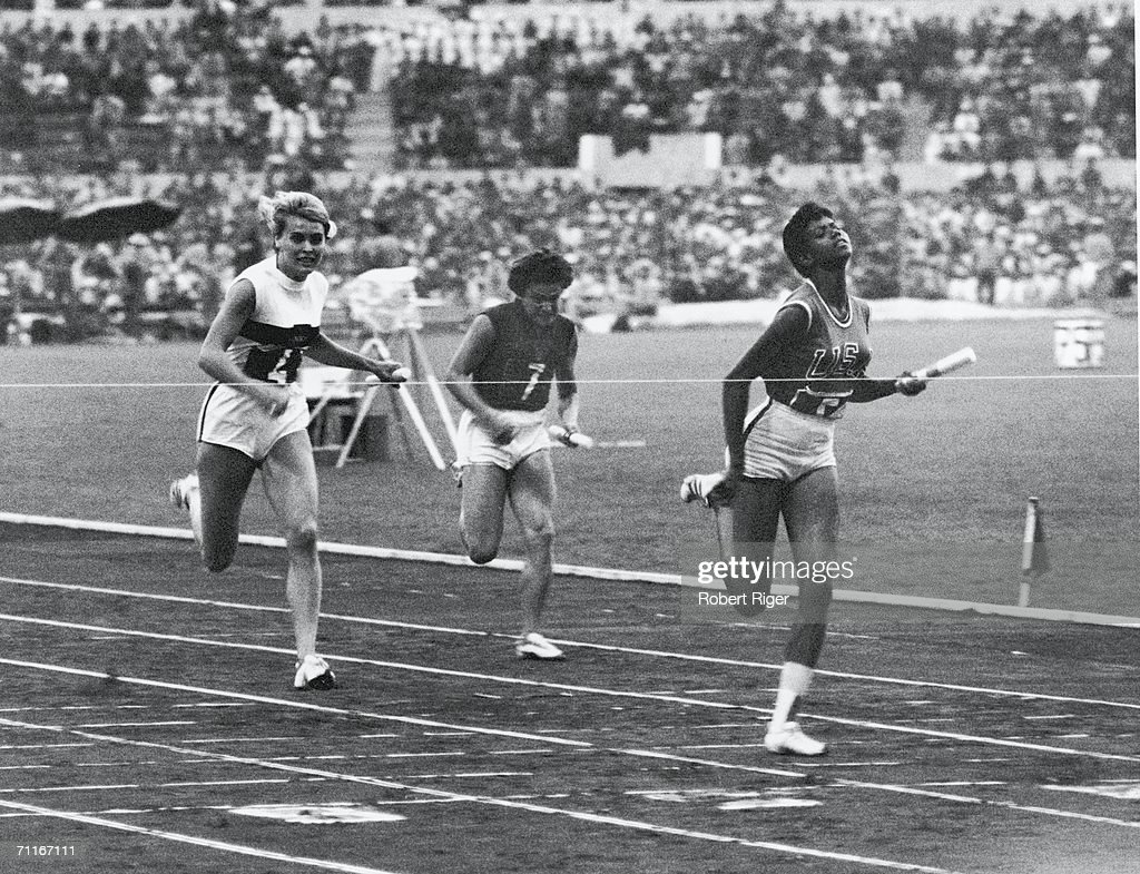 Wilma Rudolph Breaks The Tape : News Photo