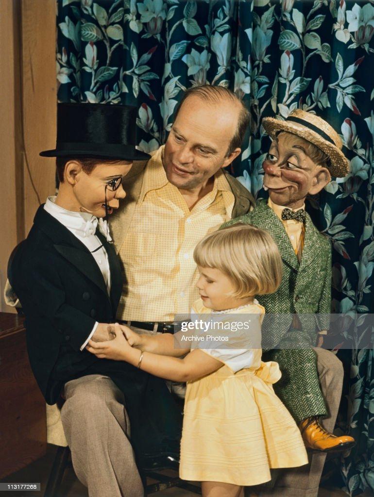 Ventriloquist Edgar Bergen : News Photo