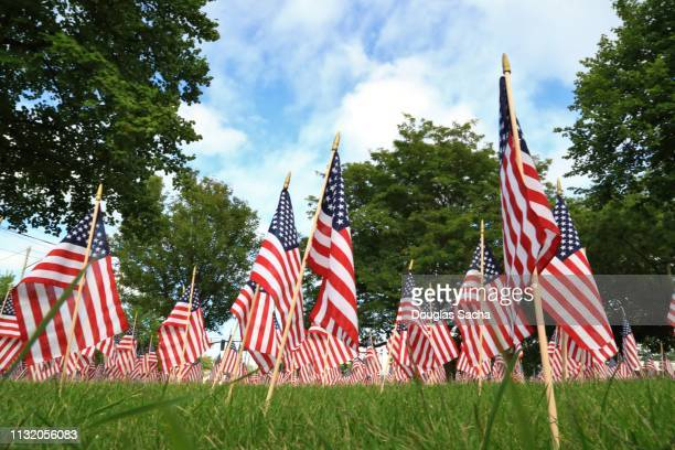 american veterans memorial of flags - happy memorial day stock pictures, royalty-free photos & images
