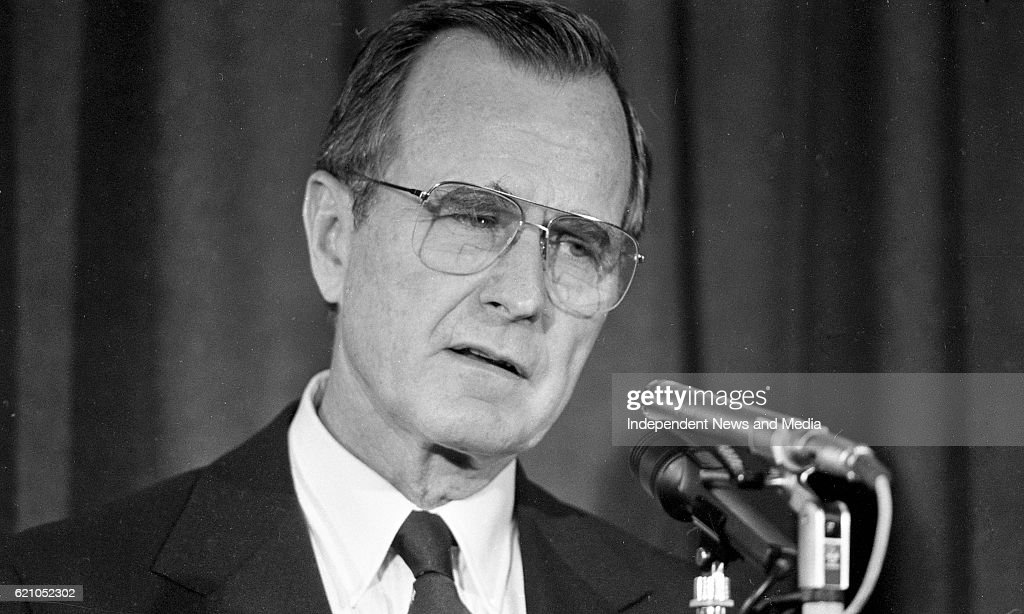 American Vice President George H W Bush at a press conference in Dublin Castle, (Part of the Independent Newspapers Ireland/NLI Collection).