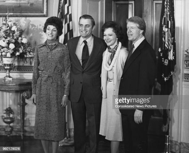 American Vice President Walter Mondale and his wife Joan with American President Jimmy Carter and his wife Rosalynn at the White House in Washington,...